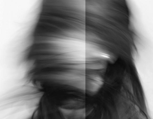 portret-ascuns-641x500